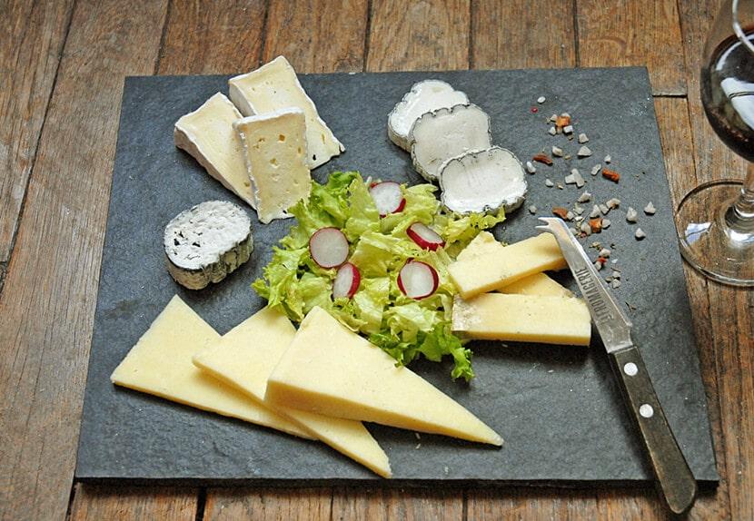 פלטת גבינות (צילום: יפה עירון-קוץ)