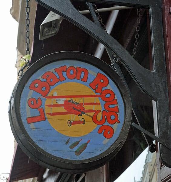 שלט הכניסה ללה בַּרון רוז' (צילום: יפה עירון-קוץ)