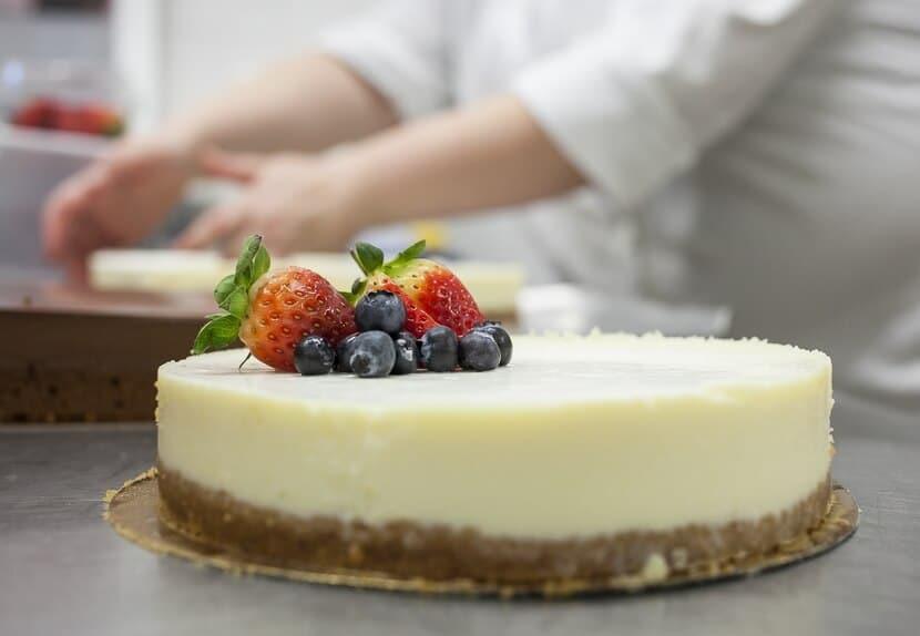 רביבה אפל עוגת גבינה (צילום: יחסי ציבור)