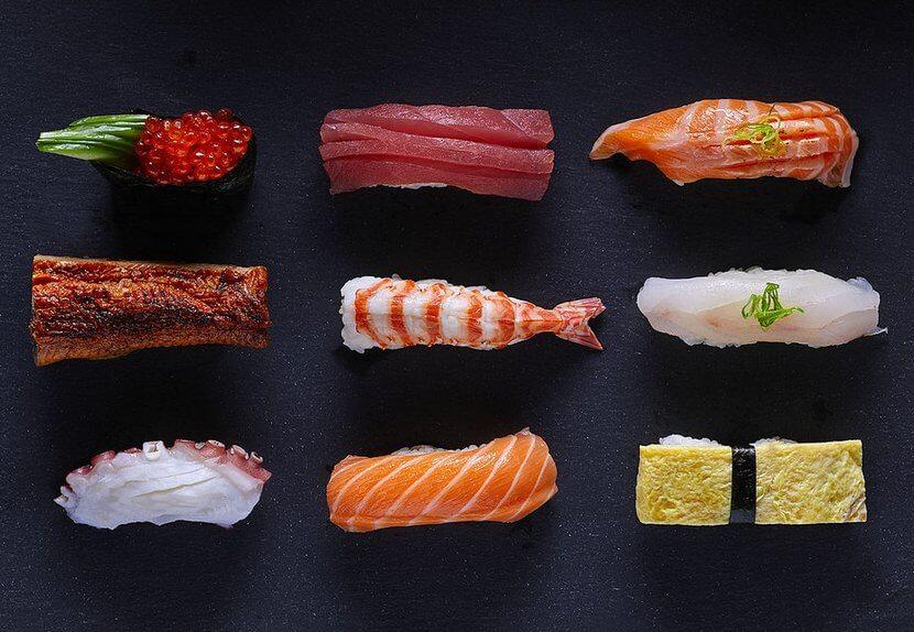 ניגירי דגים ופירות ים במסעדת TYO (צילום: דן פרץ)