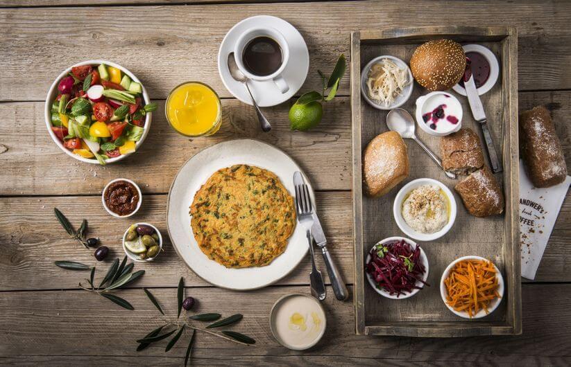 ארוחת בוקר טבעונית של לנדוור