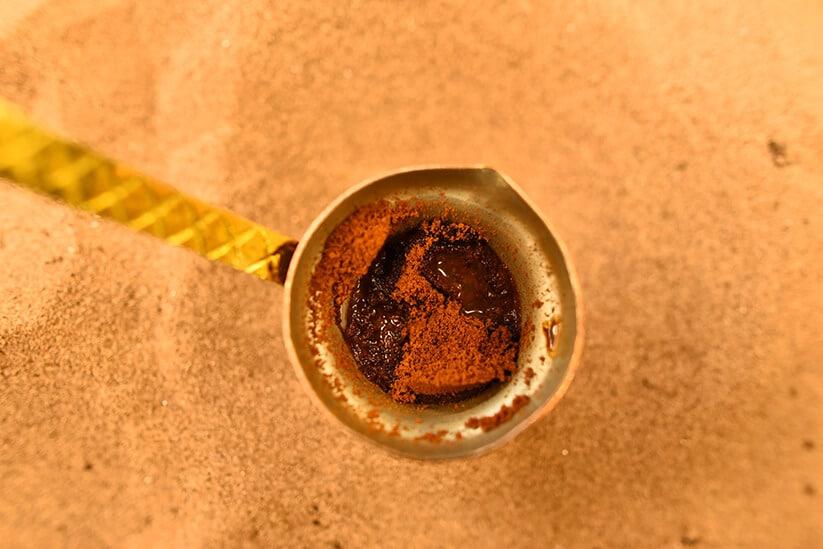 פינג'אן עם קפה. מוקה קפה (צילום: צביקי עשת)